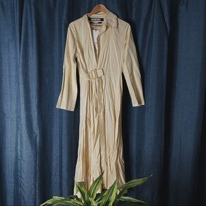 🌻MOVING SALE🌻 Jacquemus Belted Dress